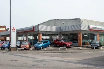 Bristol Mitsubishi Named Dealer Of The Year By Mitsubishi Motors In