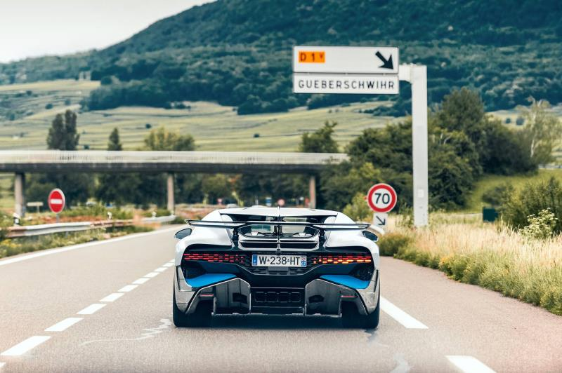 Bugatti Divo – First Customer Vehicles Just Before Delivery
