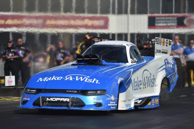 Ron Capps Races Dodge//SRT Mopar Funny Car To NHRA Southern Nationals Victory