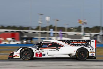 Castroneves Secures Front Row Start For Acura At Daytona