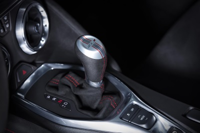 CAMARO ZL1'S LIGHTNING-FAST TRANSMISSION IS A PERFECT 10