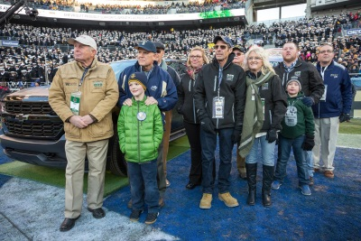 CHEVROLET HONORS WREATHS ACROSS AMERICA AT 117TH ARMY-NAVY GAME