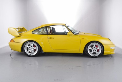 CHRISTMAS COMES EARLY FOR 911 COLLECTORS AS ONE OF 227 PORSCHE 993 RS CLUBSPORTS ARRIVES AT HEXAGON
