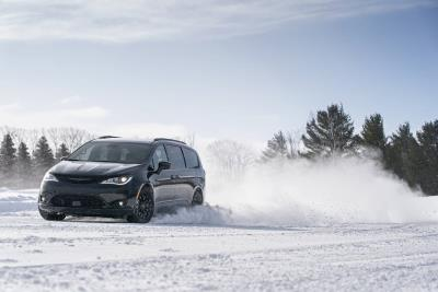 All-Wheel Drive Arrives: Ordering Opens For 2020 Chrysler Pacifica AWD Launch Edition