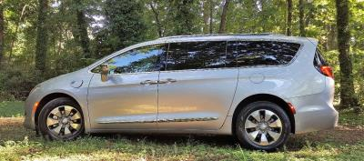Driving Impressions : 2019 Chrysler Pacifica Limited Hybrid