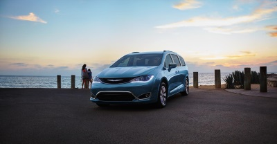 ALL-NEW 2017 CHRYSLER PACIFICA HYBRID OFFERS TECHNOLOGY FEATURES TO HELP DRIVERS MAXIMIZE EFFICIENCY