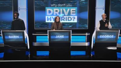 New Marketing Campaign for the Chrysler Pacifica Hybrid Features Actress Kathryn Hahn