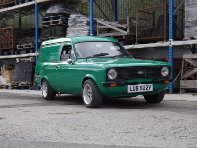 Express Delivery Speedy Ford Escort Van To Be Offered At Auction