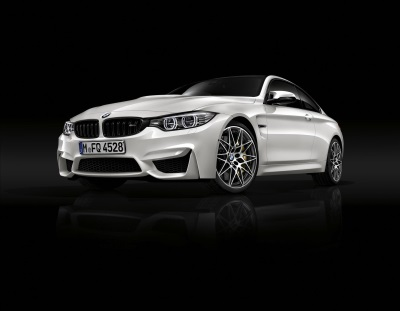 NEW COMPETITION PACKAGE AMPS UP THE BMW M3 AND M4