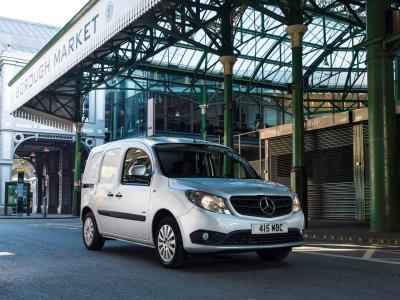 'Confidence Dip' For Britain's Van Drivers, Owners And Operators According To The Mercedes-Benz Vans Business Barometer