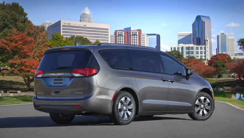 Fca Canada 2018 Chrysler Pacifica