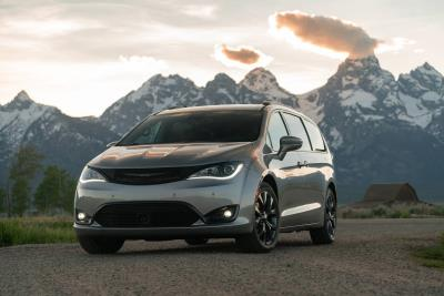 FCA Canada Scores A Hat Trick At The 2020 Le Guide De L'auto/The Car Guide Best Buy Awards