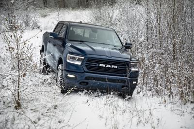 Fca Us Captures Motor Trend S 2019 Suv Truck And Person Of The Year