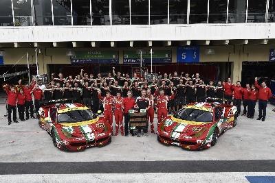 Ferrari takes GT constructors' title