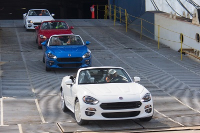 FIRST ALL-NEW 2017 FIAT 124 SPIDER ROADSTERS ARRIVE IN U.S.