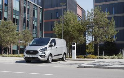 New Ford Transit And Tourneo Custom Plug-In Hybrids Deliver Zero Emission Driving With No Range Anxiety
