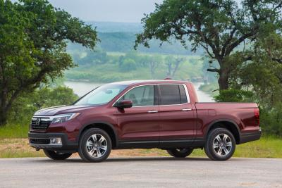Blue Book Truck Value >> Honda Claims Five 2018 Kelley Blue Book Best Resale Value Awards