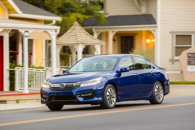 2017 Honda Accord Hybrid Fit Hr V And Ridgeline Receive Kelley Blue Book Best Re Value Awards