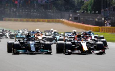 Verstappen Ends Day on Lap 1, Tsunoda Scores For Honda