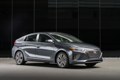 Hyundai Ioniq Named A 2018 Green Car Of The Year® Finalist By Green Car Journal
