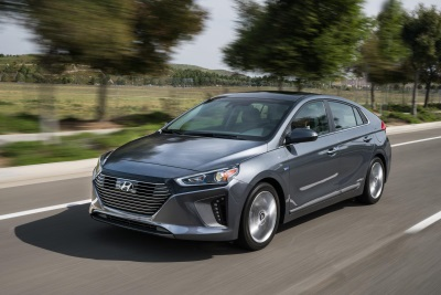 2017 Hyundai Ioniq Hybrid And Electric Models Soon To Be Available To U.S. Consumers