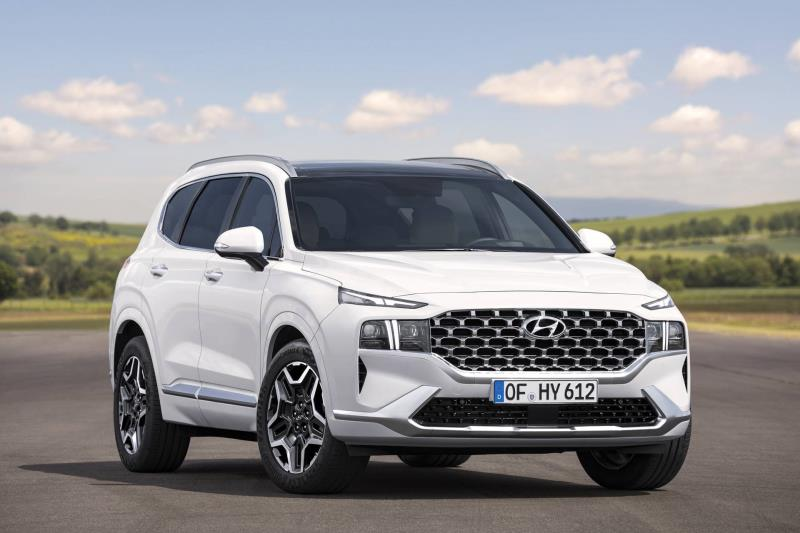 Hyundai announces New SANTA FE prices and specifications
