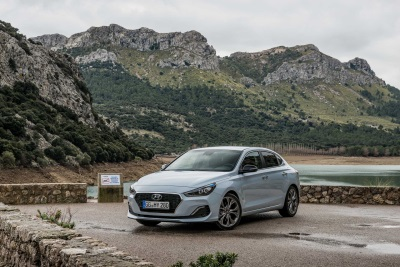 Hyundai Motor UK Announces i30 Fastback Pricing And Specifications