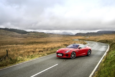 Jaguar Unveils 2018 F-Type Line-Up With All-New Four-Cylinder Engine Option