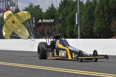 Johnson, Capps, Schumacher Turn In Second-Round Finishes For Mopar And Dodge At NHRA Carolina Nationals