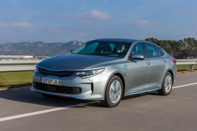 KIA TO UNVEIL OPTIMA PLUG-IN HYBRID, THE NEXT STEP IN ITS 'GREEN' CAR REVOLUTION