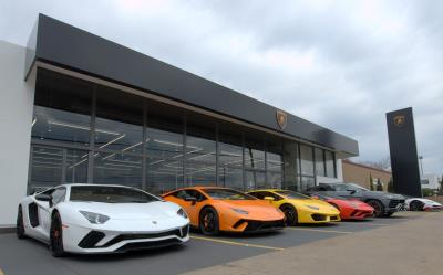 Lamborghini Debuts New Dealership In Austin Conceptcarzcom - Lamborghini car dealership