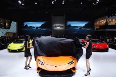 Lamborghini Huracán Performante And Aventador S Debut In Asia At Auto Shanghai 2017
