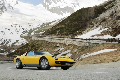 THE LAMBORGHINI MIURA CELEBRATES ITS 50TH ANNIVERSARY ON THE ROADS OF 'THE ITALIAN JOB'