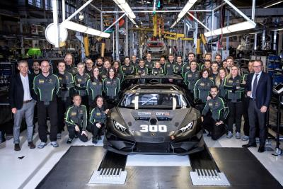 Lamborghini Squadra Corse Sets A New Record: 300 Racing Huracáns Produced In 36 Months