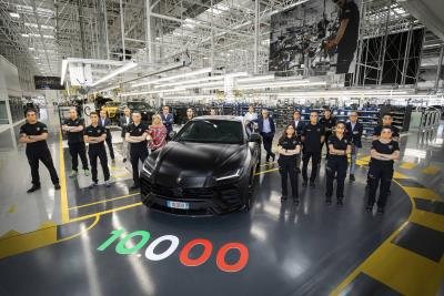 New Production Record: Automobili Lamborghini Celebrates The 10,000Th Urus