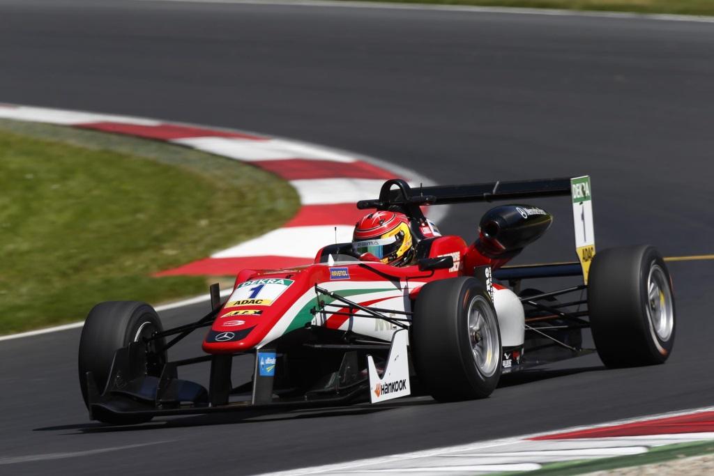 Title Win Before Season End Lance Stroll Is New Fia Formula 3 European Champion Conceptcarz Com