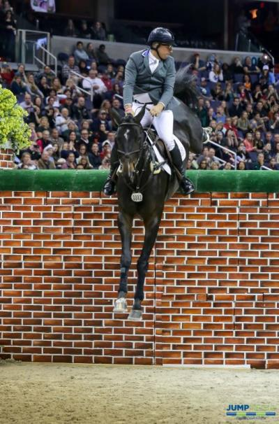 Land Rover Named Official Vehicle Of Washington International Horse Show