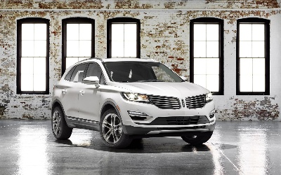LINCOLN ANNOUNCES PRICING FOR ALL-NEW SMALL PREMIUM MKC