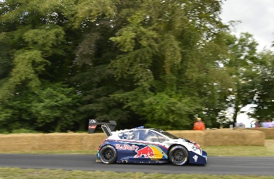 SEBASTIEN LOEB WINS GOODWOOD FESTIVAL OF SPEED SUNDAY SHOOT-OUT IN PEUGEOT 208 T16 PIKES PEAK CAR