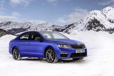 MAIDSTONE FAMILY EMBARK ON A MAGICAL CHRISTMAS ROAD TRIP TO LAPLAND IN THEIR SUPER ŠKODA