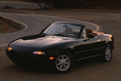 MAZDA TO CELEBRATE 25 YEARS OF GOING TOPLESS AT NEW YORK INTERNATIONAL AUTO SHOW