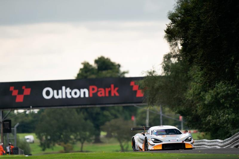 McLaren-racing father and son duo Stewart Proctor and Lewis Proctor claim British GT3 Championship Silver-Am class title