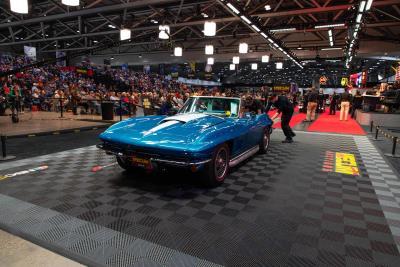 Car Auction Near Me >> 8 7 Million Sold At Mecum Kansas City Collector Car Auction