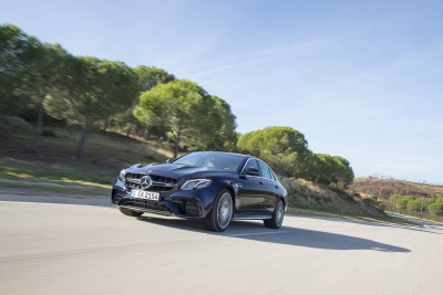 Mercedes-Benz Begins Fourth Quarter With New Sales Record