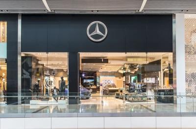 One Million Visitors To Mercedes-Benz Pop-Up Shops