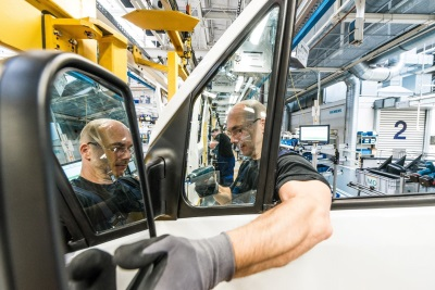 Mercedes-Benz Vans Focuses On Intelligent Production For The New Sprinter
