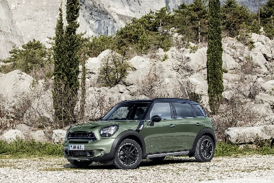 Well Elished On The Winner S Rostrum Mini Countryman Once Again Successful At 2017 Off Road Award