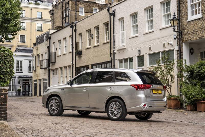 Mitsubishi Outlander PHEV – TheUK's Favourite Plug-In Hybrid Is Still A Best Seller