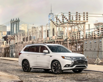 MITSUBISHI MOTORS DEBUTS TWO ALL-NEW PRODUCTION VEHICLES AT THE 2016 NEW YORK INTERNATIONAL AUTO SHOW