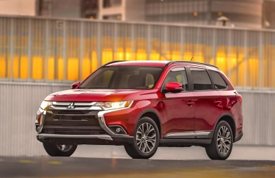 2016 MITSUBISHI OUTLANDER NAMED ONE OF KELLEY BLUE BOOK'S KBB.COM MOST AFFORDABLE THREE-ROW VEHICLES